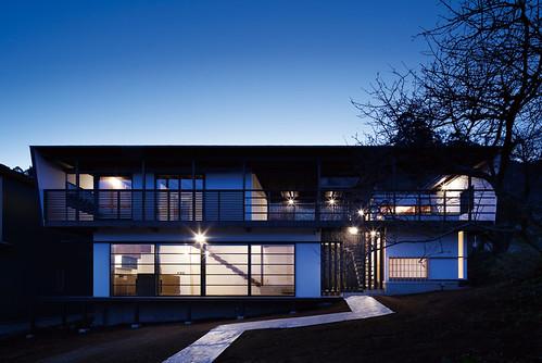 ほとんど外の家-2(オープンエアーリビングから海を眺める家)の写真
