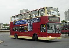 HULL 210916 PJ02RAU (SIMON A W BEESTON) Tags: hull eyms eastyorkshiremotorservices 593 pvl273 londongeneral plaxton volvo b7tl