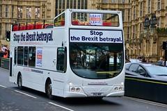 London 2018 – Leave-means-leave bus (Michiel2005) Tags: bus leavemeansleave brexit parliament protest england engeland grootbrittannië greatbritain britain uk vk unitedkingdom verenigdkoninkrijk london londen