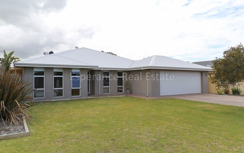 44 Sutherland St, Kingscliff NSW 2487