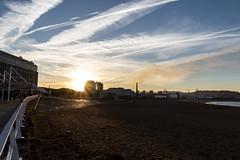Playa de Poniente. Gijón. (David A.L.) Tags: asturias asturies gijón playa playadeponiente atardecer sol solponiente puestadesol arena