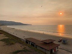 Smokey LA (shinnygogo) Tags: california sunset losangeles beach southbay redondobeach smog smokey