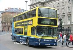 Dublin Bus AV135 (00D70135). (Fred Dean Jnr) Tags: april2005 dublin dublinbus busathacliath dublinbusyellowbluelivery volvo b7tl alexander alx400 av135 00d70135 collegegreendublin dbrook dublinbusroute45