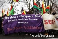Demonstration: Der Wunsch nach Freiheit lässt sich nicht verbieten! – 01.12.2018 – Berlin - IMG_9907 (PM Cheung) Tags: 25jahrepkkverbot ypg kurden polizei polizeigesetze berlin derwunschnachfreiheitlässtsichnichtverbieten derwunschnachfreiheitlässtsichnichtverbietengemeinsamgegenpolizeigesetze pkkverbotundnationalismus bundesweitedemonstration interventionistischelinke kurdistan rojava türkei 01122018 demonstration demo pag polizeiaufgabengesetz kurdendemonstration pmcheung protest repression überwachung bundesinnenministerhorstseehofer kundgebung 2018 protestfotografie pomengcheung mengcheungpo auftaktkundgebung wwwpmcheungcom aufhebungpkkverbot afd facebookcompmcheungphotography polizeistaat arbeiterparteikurdistans protestveranstaltung rotehilfeev partiyakarkerênkurdistanê ernk bundesinnenministerrudolfseiters auseinandersetzungen rangeleien diepkkgehörtzudeutschland serihilde