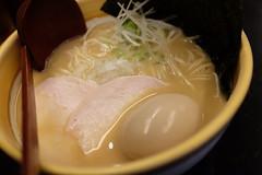鶏白湯味噌らーめん (HAMACHI!) Tags: kintonramen tokyo 2018 japan 三軒茶屋 sangenjaya ramen noodle food foodie foodporn foodmacro 鶏白湯味噌らーめん(細麺)