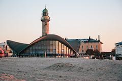 Warnemünde (hansekiki) Tags: mecklenburgvorpommern warnemünde strand beach architektur architecture canon 5dmarkiii leuchtturm balticsea ostsee