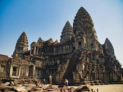 Amazing Angkor (ORIONSM) Tags: angkorwat cambodia asia temple hindu buddhist building architecture olympus olympus14150mm