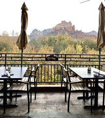 Viewing Sedona's glory from inside Creekside American Bistro. (lamarstyle) Tags: lamarstyle 2018 iphone6s sedonaarizona creeksideamericanbistro