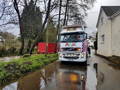 IMG-20181213-WA0031 (JAMES2039) Tags: volvo fm12 ca02tow fh13 globetrotter pn09juc pn09 juc tow towtruck truck lorry wrecker rcv heavy underlift heavyunderlift 8wheeler 6wheeler 4wheeler frontsuspend rear rearsuspend daf lf cf xf 45 55 75 85 95 105 tanker tipper grab artic box body boxbody tractorunit trailer curtain curtainsider tautliner isuzu nqr s29tow lf55tow flatbed hiab accidentunit iveco mediumunderlift au58acj ford f450 renault premium trange cardiff rescue breakdown night ask askrecovery recovery scania 94d w593rsc bn11erv sla superlowapproach demountable