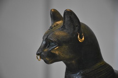 British Museum : Gayer-Anderson cat (detail) (Christophe Rose) Tags: londres nikon d5600 christophe rosé christopherose flickr london uk 2018 britishmuseum musée museum chat cat momie mummy egypt egyptien ancienne egypte egyptian ancient statue