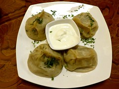 Manti with meat (Steamed dumplings with meat & onions), Chaikhana (ali eminov) Tags: omaha nebraska restaurants chaikhanabarshishkabobs tajikfood mantiwithmeat dumplings chaikhana