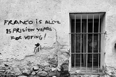 Franco is alive (ninaiznaizena) Tags: franco 1deoctubre españa spain democracia democracy helpcatalonia cataluña catalonia katalunia catalunya referendum presospoliticos politicalprisioners españanoesunademocracia imagesoftheworld