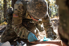 181104-A-CG673-0066 (FortBraggParaglide) Tags: dragonefmb efmb expertfieldmedicalbadge medic medical test badge hospital aidstation airborne army soldier fortbragg dragon corps xviiiairbornecorps armymedicine 44thmed 44med northcarolina unitedstates us
