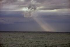 Un raggio di sole (Silvano Romairone) Tags: ricoh pentax pentaxk3 mulinetti recco mare sea