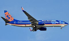 Sun Country Airlines Boeing 737-800 (Nate Nickell) Tags: suncountryairlines suncountry airlines airline boeing boeing737 boeing737800 airplane plane jet aircraft airliner jetliner airplanespotting planespotting aviation aviationspotting aviationphotography travel transportation flying flight airtravel airtransportation minneapolisstpaulinternationalairport mspairport airport minneapolis minnesota mn n822sy