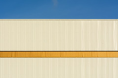 Golden stripe (Jan van der Wolf) Tags: map18343v gold goud lines lijnen stripe architecture architectuur facade gevel delft geometry geometric simple
