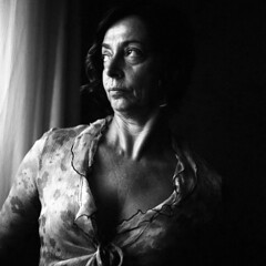 Laura - somewhere - June 2018 (cava961) Tags: portrait analogue analogico monocromo monochrome bianconero bw 6x6 rolleiflex