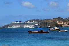 J78A0747 (M0JRA) Tags: st georges grenada cruise cruises boats ships sea waves ports tugs pilot harbour people sky sun rays clouds beach sand