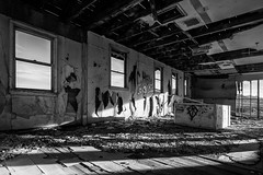 Leftovers (atenpo) Tags: nevada us95 desert mojave abandoned gasoline station motel coaldale buildings black white nv us6