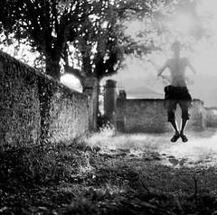lévitation (asketoner) Tags: jump man summer harvest yard tree sun daylight white pale levitating grape picking wine rest nap bully beaujolais france field farm