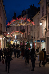 """Samedi soir avant Noël""/ ""Saturday night before Christmas"" (maradesbois79) Tags: blois centreville centreoftown illuminationsde noel christmaslight personnes people paysage landscape france"