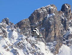 IMG_4281 (Tipps38) Tags: hélicoptère aviation photographie montagne alpes avion courchevel neige helicopter 2019 planespotting