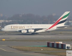 Emirates A380-861 A6-EDH taxiing at AMS/EHAM (AviationEagle32) Tags: amsterdam amsterdamschipholairport ams amsterdamairport amsterdamschiphol schiphol schipholairport schipholviewingterrace eham thenetherlands holland airport aircraft airplanes apron aviation aeroplanes avp aviationphotography avgeek aviationlovers aviationgeek aeroplane airplane planespotting planes plane flying flickraviation flight vehicle tarmac emirates flyemirates airbus airbus380 a380 a380800 a380861 a6edh superjumbo