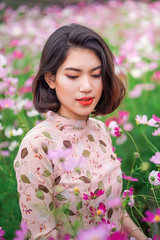 Cloudy day Portrait (tinhyeu_biboquen_11792) Tags: portrait asian asiangirl ao dai aodai vietnam vietnamese girl woman cloudy sony a6000 sigma 56mm zeiss