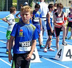 Waiting (Cavabienmerci) Tags: regional athletics championships 2017 suisse schweiz switzerland run running race sport sports runner läufer lauf course à pied coureur boy boys