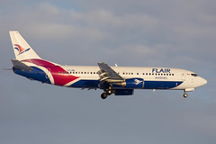 flair_737_c-flrs_yeg_1 (Lensescape) Tags: yeg boeing b737 737 2018 flairair flair b737400 737400 734 cflrs