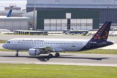 OO-SNM | Brussels Airlines | Airbus A320-214 | CN 2003 | Built 2003 | LIS/LPPT 01/05/2018 | ex OE-IFV, D-ABNE, G-KKAZ, C-FZAZ (Mick Planespotter) Tags: aircraft airport 2018 a320 portela lisbon portugal oosnm brussels airlines airbus a320214 2003 lis lppt 01052018 oeifv dabne gkkaz cfzaz delgado humbertodelgado humberto