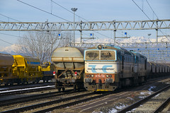 D753.732 + D753.733 RTC in manovra a Trofarello(TO) (2) (simone.dibiase) Tags: d753 732 733 rtc manovra trofarello torino rail traction company train station stations rails railway railways italy italia france francia loco locos locomotive locomotiva ferrovie dello stato italiane fs mercitalia mir mirrail nikon d3300 dslr camera nikond3300 passion passione trainspotter best picture world simone di biase simonedibiase fx logistics stazione colori rfi linea carrozze fotografia spotting trainspotting around worls scenery landscapes eisenbahn schienen experience pomeriggio