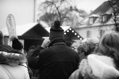 OKSF 243 (Oliver Klas) Tags: okfotografien oliver klas street streetfotografie streetphotography strassenfotografie streetart streetphotographer streetphoto stadtleben streetlife streetculture urban schwarzweis schwarzweissfotografie blackandwhite monochrom farblos abstrakt dunkel hell grau schwarz weiss black white sw schwarzweiss kunst art künstler kultur deutschland germany stadt city europa deutsch staat westdeutschland ostdeutschland norddeutschland süddeutschland personen people menschen persons volk familie angehörige bewohner bevölkerung leute europäer mann frau gesellschaft menschheit mensch völker de