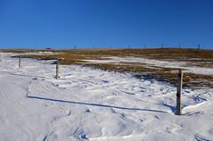 DAS FEUERWEHRAUTO . THE FIRE-FIGHTING VEHICLE (LitterART) Tags: firefightingvehicle feuerwehr feuerwehrauto zaun alm alpe frost snow schnee steiermark sony stipfel