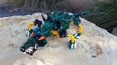Bionicle M.O.C. - Jurjia, the Master Swordsman/Crocodile (V2) (Makuta Alvarez) Tags: bionicle lego alligator crocodile green toy teeth claws animal rahi beast mutation sword swordsman spikes fencer broadsword