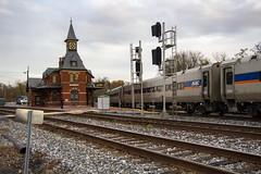 Point of Rocks Station 8 Nov 2018 _23 (smata2) Tags: marc train railroad railway passengertrain trainsinaction pointofrocks