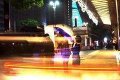 6619 (*Ολύμπιος*) Tags: sãopaulo street streetlife streetphotography streetphoto city cidade città ciudad cittè ciutat centro centrodowntown centrohistórico gente girl garota giovanni garotas girls mulher man homem homme fotoderua femme uomo uomini daybyday diaadia downtown donna night noite notte nightshot light lighttrail traffic trânsito avenidapaulista avpaulista
