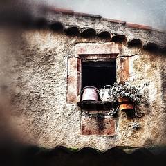 La finestra   - The window (Miquel Lleixà Mora [NotPRO]) Tags: window finestra ambient