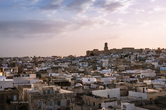 Sousse (pietkagab) Tags: sousse medina oldtown old city town ancient kasbah tunisia tunisian cityscape sky evening sunset architecture muslim arab light north northern africa sahel pietkagab photography pentax pentaxk5ii piotrgaborek travel trip tourism sightseeing adventure