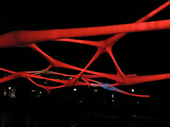 - (Shahrazad26) Tags: amsterdamlightfestival20182019 amsterdam noordholland nederland holland thenetherlands paysbas rood red rouge rot