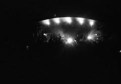 IMG_0001 (cestlameremichel) Tags: kodak tmax p3200 3200 asa party night analog analogica analogue film 35mm minolta dynax 40 pellicule argentique black white monochrome monochromatique bnw noir et blanc