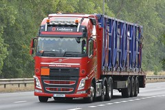 X8 RTH (panmanstan) Tags: volvo fh wagon truck lorry commercial freight flatbed transport haulage vehicle a63 everthorpe yorkshire