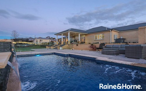 14 Robindale Ct, Robin Hill NSW 2795