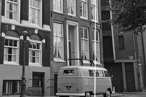 "SV-26-90 Volkswagen Transporter kombi 1961 • <a style=""font-size:0.8em;"" href=""http://www.flickr.com/photos/33170035@N02/46135924364/"" target=""_blank"">View on Flickr</a>"