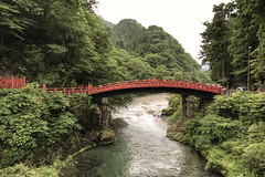 Shinkyo Bridge, Futarasan Jinja Shrine - Nikkō (Japan) (Andrea Moscato) Tags: andreamoscato giappone japan asia japanese 日本 nihon nippon asian light luce history historic ancient tree green orange shadow ombre prefecture attraction art arte artist monument architecture people persone tourist ombra perspective stones tochigi unesco world heritage site national treasures daiya river sacred ponte fiume acqua water freshwater nature natura nuvole natural naturale landscape paesaggio red reflection rock structure wood rain day