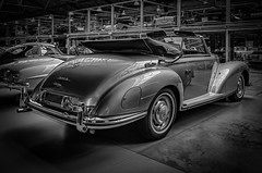 MERCEDES-BENZ 300 S CONVERTIBLE rear view - b&w (Peters HDR hobby pictures) Tags: petershdrstudio hdr classiccar car classicremise convertible mercedesbenz mercedes klassiker oldtimer auto cabriolet blackwhite