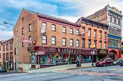 Lodge's (Eridony (Instagram: eridony_prime)) Tags: albany albanycounty newyork downtown retail