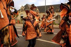 DSC05878 (Distagon12) Tags: portrait personnage people sonya7rii summilux wideaperture dreux défilé parade fête flambarts fêtesderue