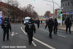 IMG_0193 (DokuRechts) Tags: npd salzgitter neonazis rechtsextremismus polizei niedersachsen nationalisten rechte aufmarsch demonstration protest jn