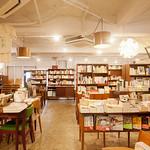 書店の新しいビジネスモデルの写真